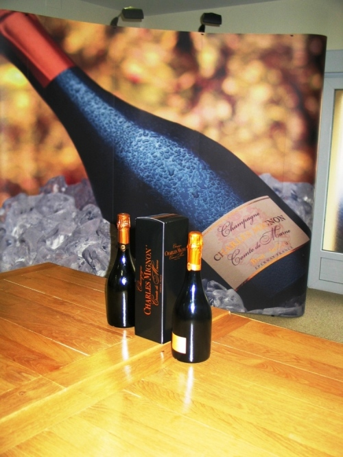 Local_food_and_wine_champagne_mignon_epernay